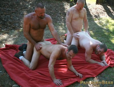 cumming free gay guy movie