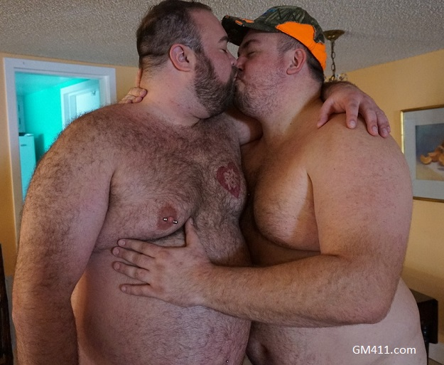 Gay sex - Hunter Scott and Kirk Rock from Monstercub